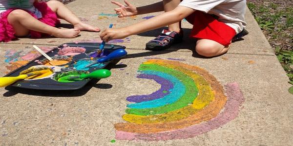 sidewalk-glitter-paint