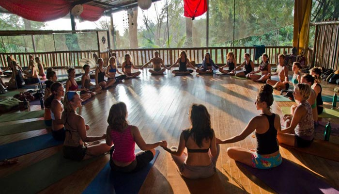 danyasa yoga resort