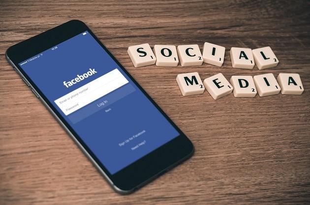 5 Ways Your Social Media Accounts Might Hurt Your Job Hunt