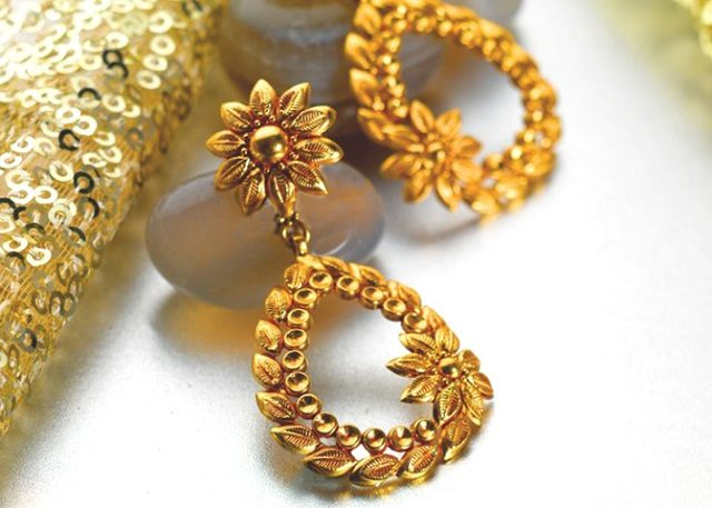 Gold Earrings Best Things To Checkout
