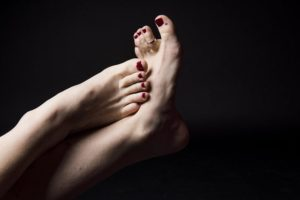 7 Ways to Keep Your Feet Looking Great Year Round