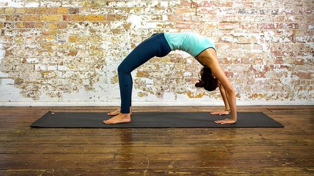 Six Yoga Poses that Improve Metabolism