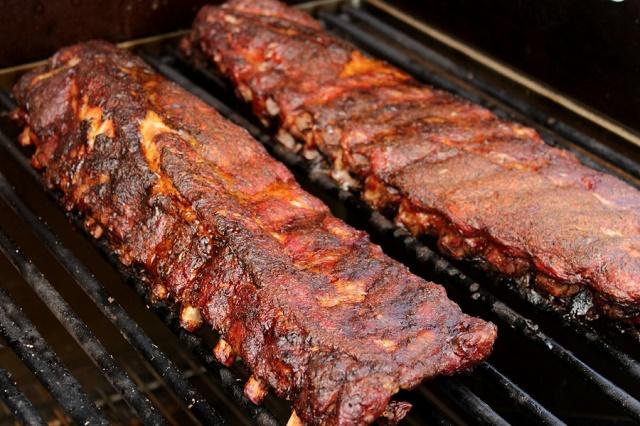 How to Smoke Barbecue Pork Ribs