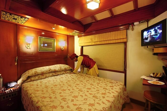 maharaja express deluxe cabin