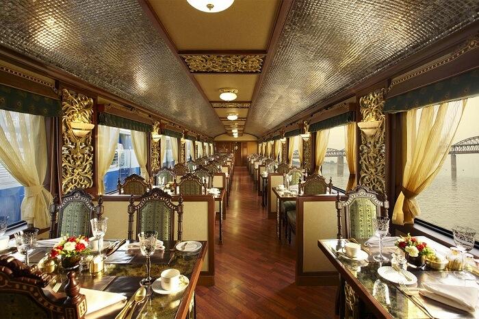 maharaja express mayur mahal dining