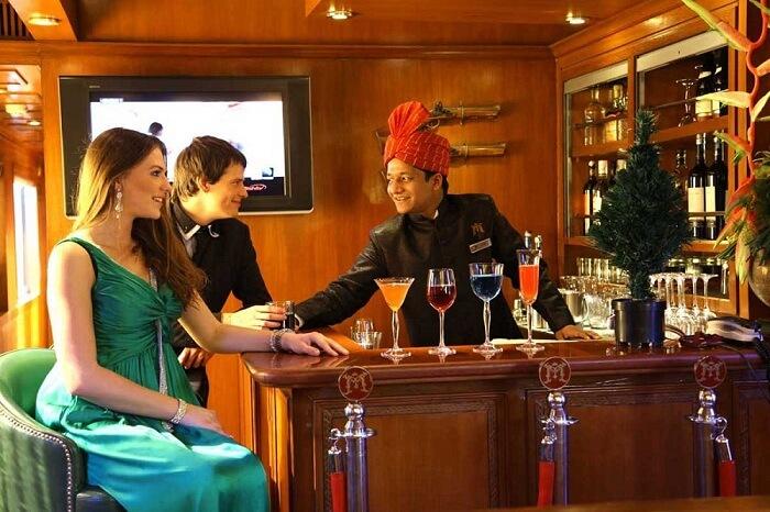 maharajas express lounge and bar