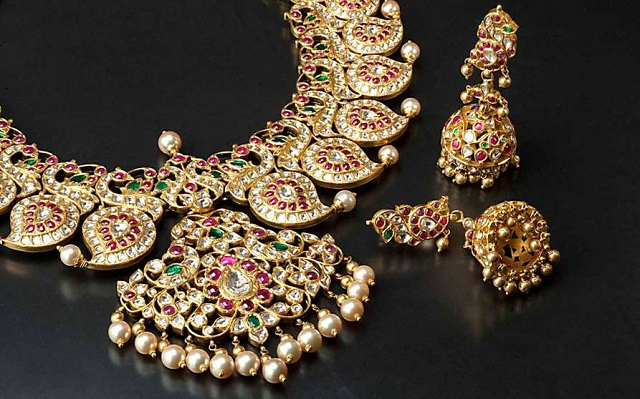 7 Most Artistic Indian Jewelry Designers To Know MeetRV