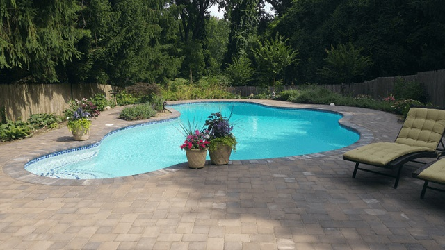 Prepare Your Backyard Swimming Pool for the Summer