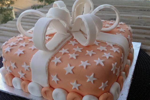 delicious cakes celebrations