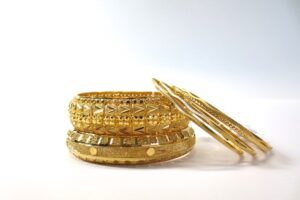 Evergreen Fashion trend of the Ethnic Jewellery among the Folks to Suits Each Occasion