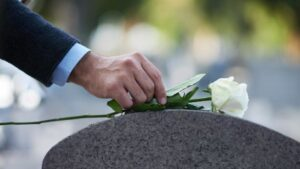A Guide to Find the Best Burial Insurance Provider for Your Needs