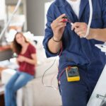 5 Key signs that you need electrician in your office