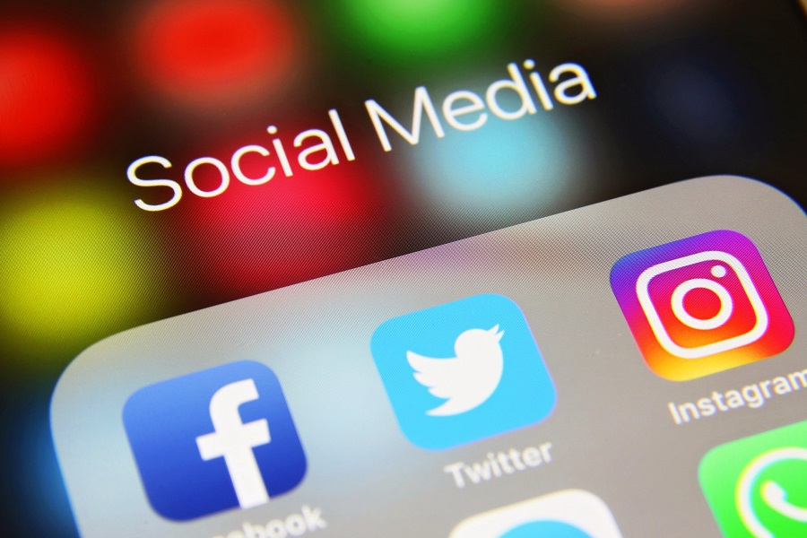 How is Social Media Changing the World