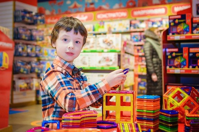 How to Choose Toys for Kids