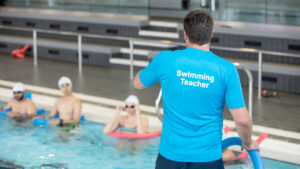 What Should You Look for in a Swimming Instructor