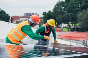 Reasons You Need a Professional for Rooftop Solar Power Installation