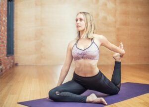 Top 3 Effective & Easy Yoga Poses For Strengthening Immunity