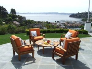 Common Types of Outdoor Furniture in Singapore